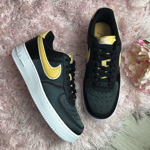 Nike Air Force 1 '07 SE Nylon Black & White